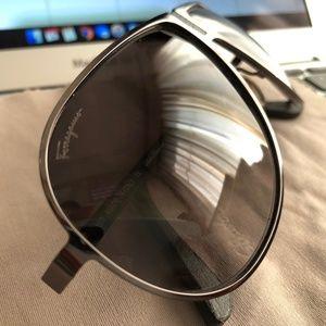 Salvatore Ferragamo Sunglasses Unisex